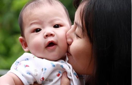 Cách chăm sóc trẻ em tại nhà trong mùa dịch covid – 19
